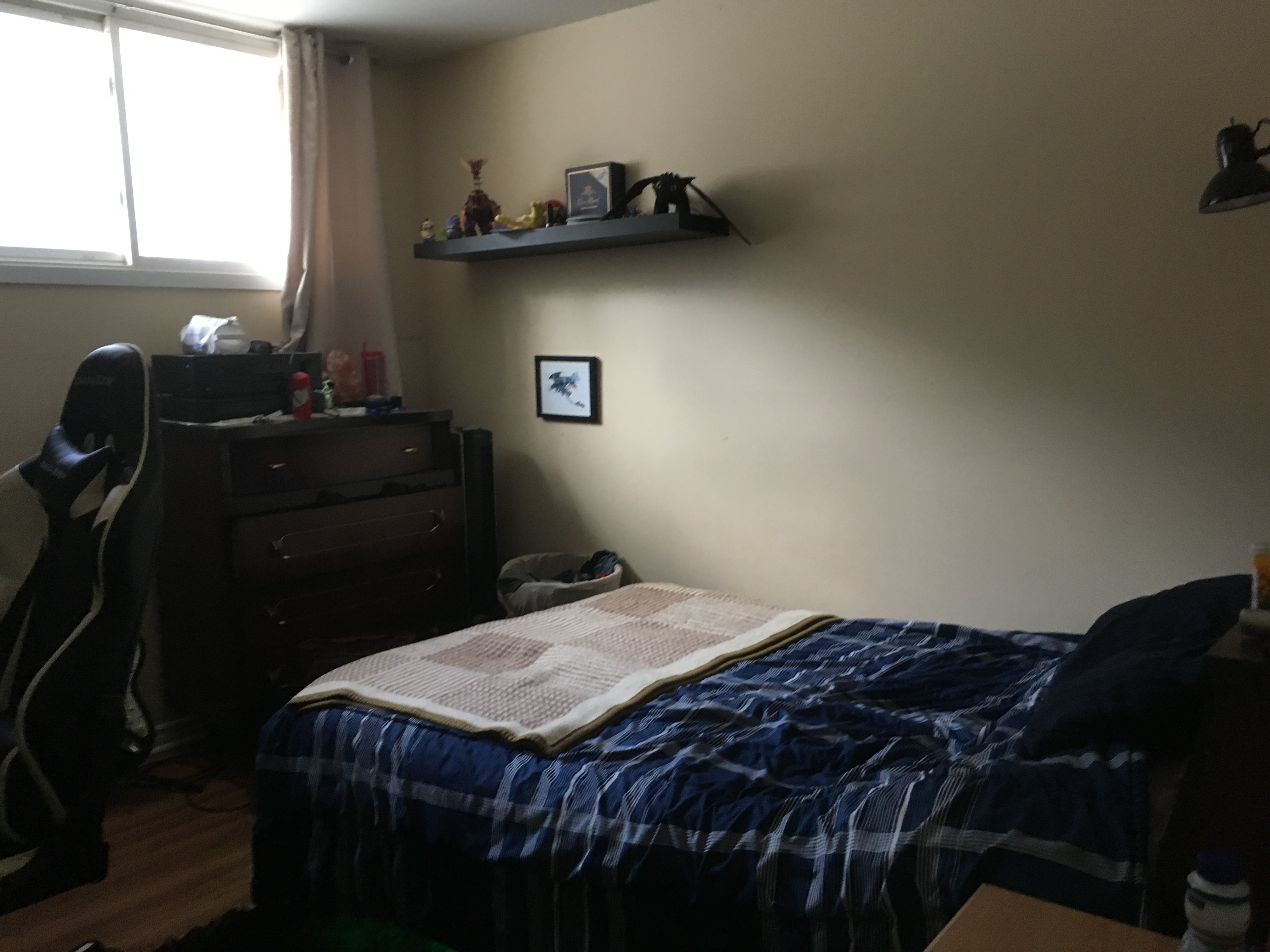 Студенты в спальне, Смотрите онлайн Горячие студенты трахаются в спальне 9 фотография